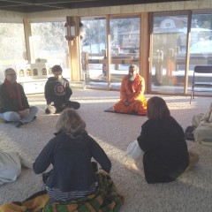 Swamijee conducts a guided meditation session in Michigan USA